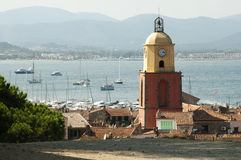 Glockenturm in Str. Tropez stockfotografie