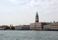 Glockenturm Venedigs Italien von St Mark und von Doge-Palast nannte PA lizenzfreie stockbilder