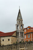 Glockenturm von Heilig-Elijas Kirche, Zadar Lizenzfreie Stockbilder