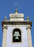 Glockenturm von Igreja De Mafamude Stockbilder