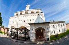 Glockenturm von St. Sophia Cathedral in Novgorod der Kreml Stockfotos
