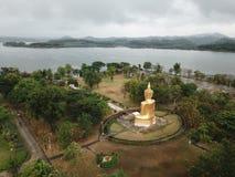 Glod buddha, det störst i världen på Nakhon Ratchasima, Thailand arkivbilder