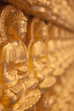 Gloden Bouddha Images libres de droits
