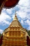 Gloden Chedi di Wat Phan On in Chiang Mai, Tailandia Immagine Stock