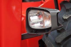 Gloednieuwe dichte omhooggaand van de tractorkoplamp Stock Afbeelding