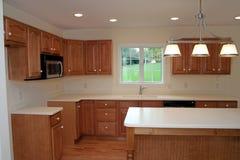 Gloednieuwe Moderne Keuken 2 Stock Afbeeldingen
