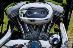 Gloeiend de motorblok van de chroommotorfiets Stock Fotografie