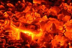 Gloeiende houtskool Royalty-vrije Stock Afbeelding