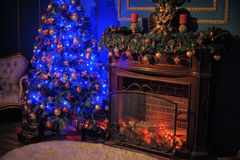 Gloeiende Kerstmisboom Royalty-vrije Stock Afbeelding