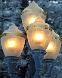 Gloeiende Lantaarns op de Nacht van de Koude Winter Royalty-vrije Stock Fotografie