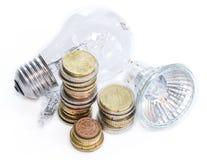 Gloeilampen met euro muntstukken Royalty-vrije Stock Afbeelding