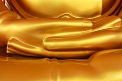 Glonden hand av den thailändska Buddha Royaltyfria Foton