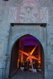 Glorenza/Glurns södra Tyrol, Italien, 2016 - 12 10: julsta Arkivfoto
