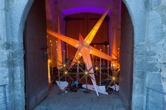 Glorenza/Glurns, Zuid-Tirol, Italië, 2016 - 12 10: Kerstmissta Royalty-vrije Stock Fotografie