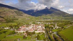 Glorenza w Val Venosta, Południowy Tyrol od above Zdjęcie Stock