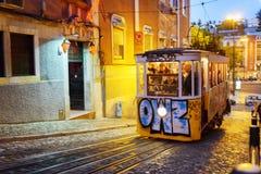 Gloria Funicular in Lissabon, Portugal Stockfotos