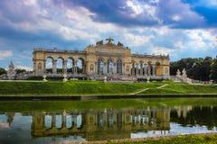 Gloriette在Schonbrunn庭院里,维也纳 免版税库存照片