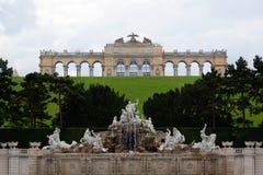 Gloriette Schonbrunn slottträdgård, Wien, Österrike Fotografering för Bildbyråer