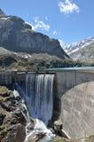 Gloriettes水坝在法国比利牛斯 免版税图库摄影