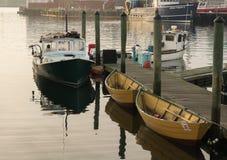Gloucester, Hummer-Boot Massachusetts 3. August 2017 und Ruderboot Stockbilder