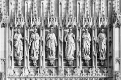 Gloucester-Kathedrale - Skulpturen stockfoto