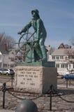 Gloucester, mA - 20 marzo 2010 La statua del pescatore Fotografie Stock Libere da Diritti