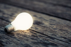 Glowing bulb Royalty Free Stock Photos