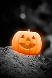 Glowing halloween pumpkin Royalty Free Stock Photos