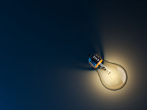 Glowing Light Bulb Royalty Free Stock Photos