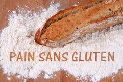 Glutenfreies Brotkonzept geschrieben auf französisch lizenzfreies stockbild