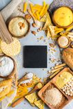 Glutenu bezpłatny jedzenie i mąka, migdał, kukurudza, ryż, chickpea fotografia stock