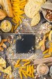 Glutenu bezpłatny jedzenie i mąka, migdał, kukurudza, ryż, chickpea obraz royalty free