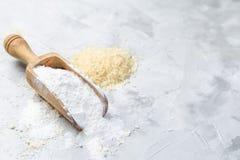 Glutenu bezpłatny pojęcie - ryżowa mąka obrazy stock