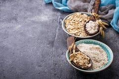 Glutenu owsa bezpłatna mąka obrazy stock