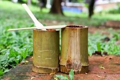 Glutinous ryż piec w bambusie & x28; Kao Lam& x29; Zdjęcia Stock