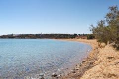 Glyfa海滩安提帕罗斯岛,希腊 免版税库存照片