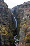 Glymur-Wasserfall am Frühling Lizenzfreie Stockfotografie