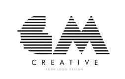 GM G M Zebra Letter Logo Design con las rayas blancos y negros Imagen de archivo libre de regalías