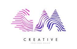 GM G M Zebra Lines Letter Logo Design con colores magentas Fotos de archivo libres de regalías