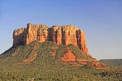 Gmachu sądu Butte formacja w Sedona Arizona Fotografia Stock