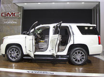 GMC 2015 le Yukon XL Denali SUV au salon de l'Auto 2014 d'International de New York Image stock