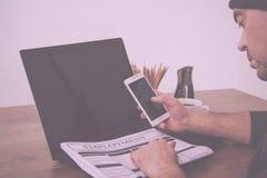 Gmeranie dla nowego pracy lub zatrudnienia rocznika Retro filtra zdjęcia stock