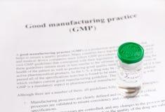 GMP - bra fabriks- övning som används för kvalitets- produkt för produktion och för provning royaltyfria bilder