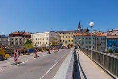 GMUNDEN, AUSTRIA Lipiec 21, 2017: Plac budowy most G Fotografia Royalty Free