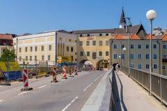 GMUNDEN, AUSTRIA Lipiec 21, 2017: Plac budowy most G Obraz Stock