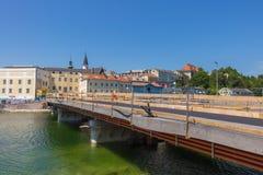 GMUNDEN, AUSTRIA Lipiec 21, 2017: Plac budowy most G Zdjęcie Royalty Free
