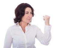 Gniewna dojrzała kobieta odizolowywająca na bielu obrazy stock