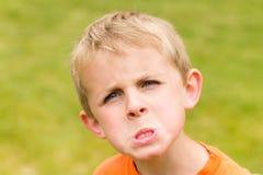 Gniewna Młoda Chłopiec Obrazy Stock