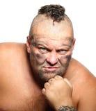 Gniewny, agresywny, brodaty mężczyzna z mohawk, Obraz Royalty Free