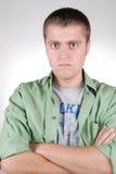 gniewny facet obrażający potomstwa Zdjęcia Stock